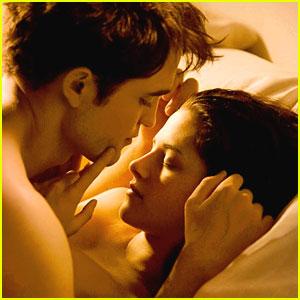 BREAKING DAWN Part 1 : Romantis, Hot dan Sedikit Sadis | Panggil